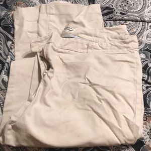 Dalia Collection Khaki capris.